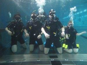 4 New PADI Try Dive Participants at 2DiVE4 - Feb 2020