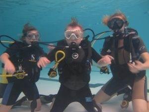 5 New PADI Discover Scuba Diving Participants at 2DiVE4 - October 2017