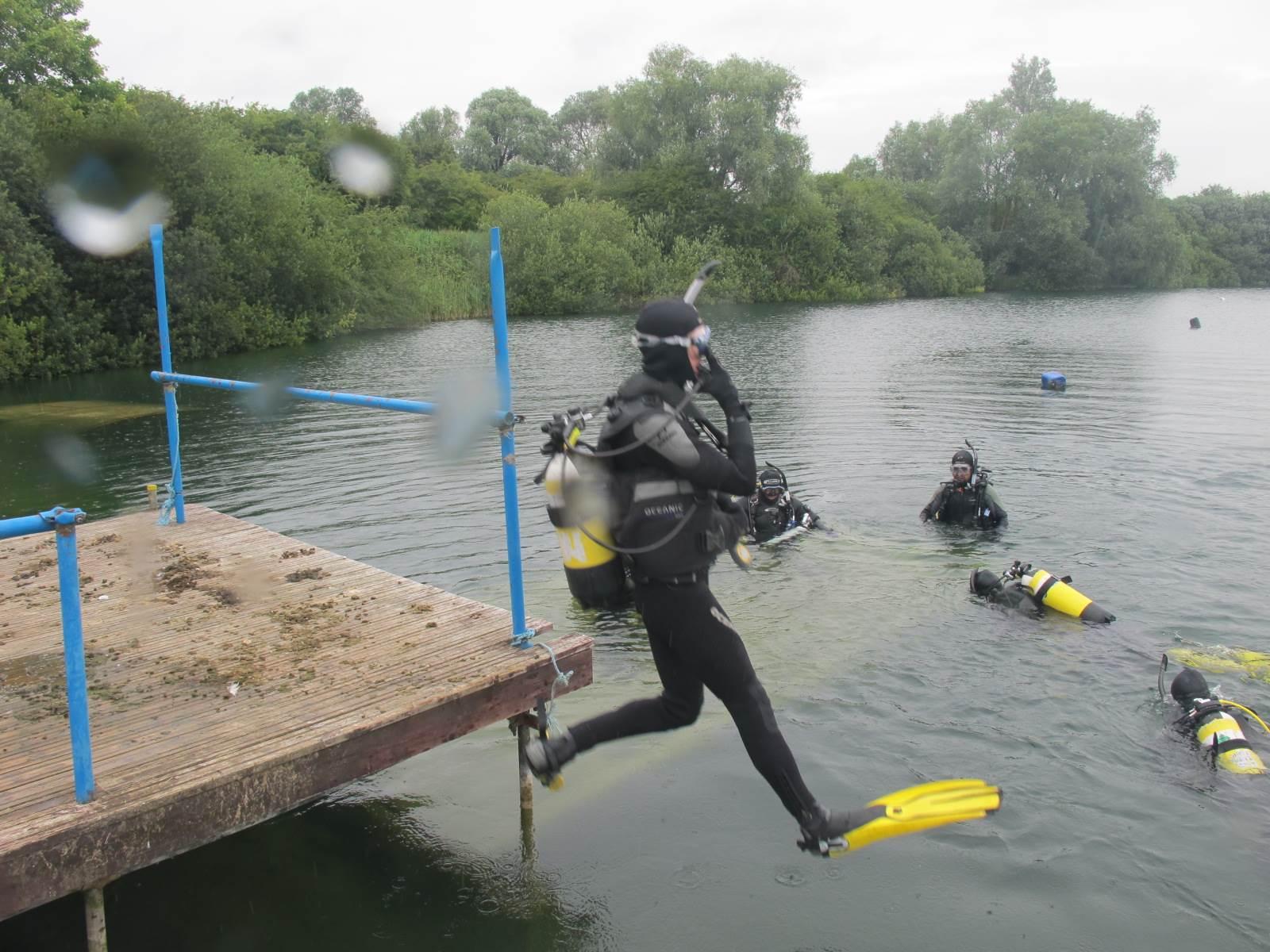 PADI open water scuba diving course training in Cambridge