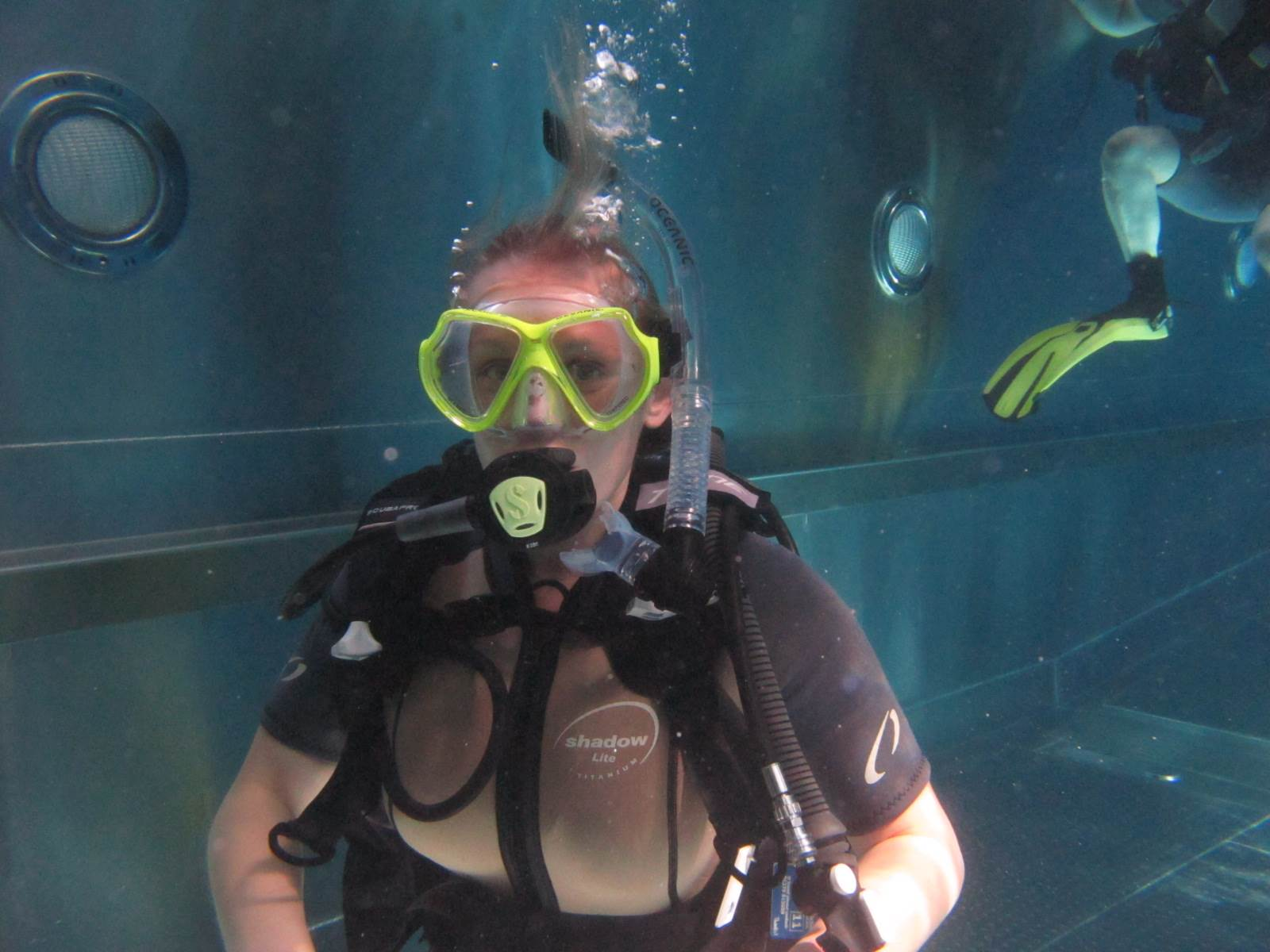 PADI Scuba lessons in our Bishop's Stortford, Hertfordshire dive pool