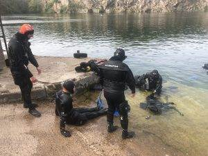 2 New PADI Rescue Divers at 2DiVE4
