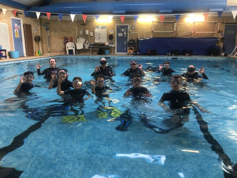 PADI open water course theory course in Essex